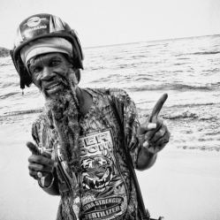 jah-tiger-at-the-beach-(b+w)